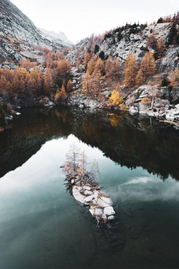 alessandro-bosio-travel-viaggi-reportage-piemonte-piedmont-lago-arpone-drone-2019